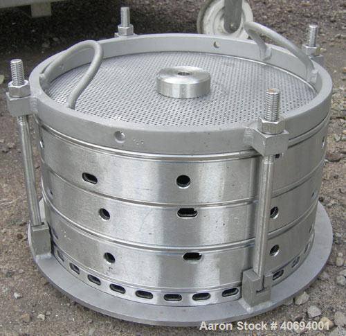 Used- Sparkler Horizontal Plate Filter, model 14-D-4, 316 stainless steel. Approximate 3.2 square feet filter area, .38 cubi...