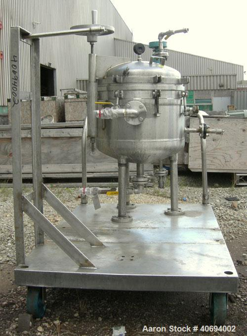 Used- Sparkler Filter Horizontal Plate Filter, model 18-S-7, 316L stainless steel. Approximate 10.8 square feet filter area,...