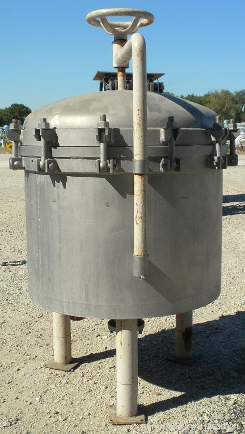 Used- Sparkler Horizontal Plate Filter, Model 33-D-7, 316 stainless steel. Approximate 39.27 square feet filter area, 5.84 c...