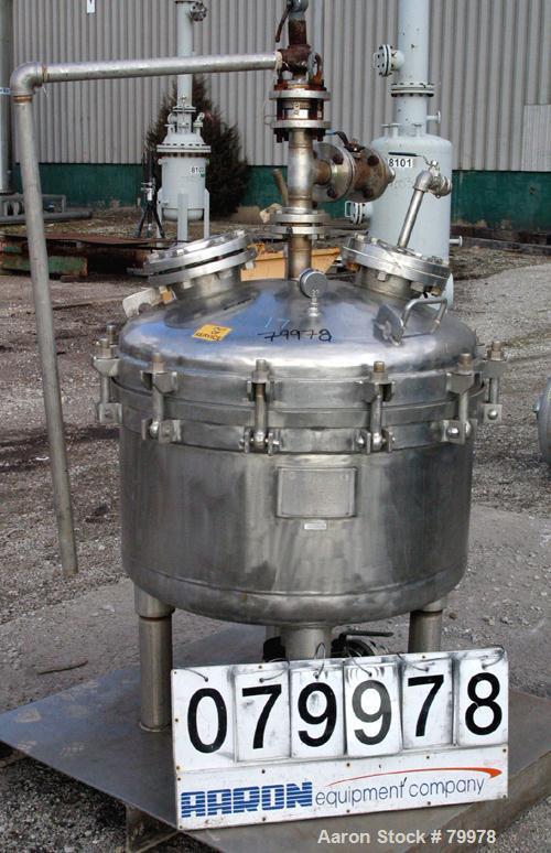 "USED: Sparkler Filter, model 36. 316 stainless steel, 36"" diameter, vertical tank, unit requires horizontal leaf. Internal r..."
