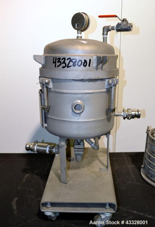Used- Sparkler Horizontal Pilot Plate Filter, Model 18-6, 316 Stainless Steel. Approximate 2 square feet filter area, (0.153...
