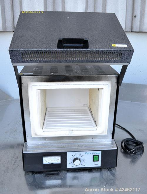 Used- Dentsply/Ceramco Vulcan Single Setpoint Analog Control Benchtop Furnace, Model A-550. Maximum temperature 1100 deg.C. ...