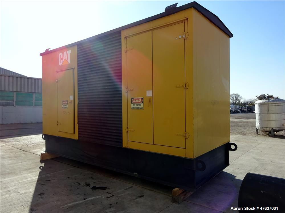 Used-Caterpillar 700 kW diesel generator. CAT 3412 engine SN-2WJ00992.