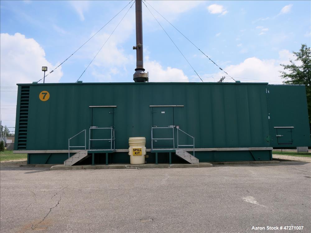 Used-CAT 2000 kW diesel generator set. Caterpillar 3516B engine