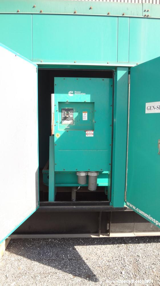Used- Cummins 250 kW standby (225 prime) diesel generator set, model 250DQDAA-543387B, SN- E090001182. Cummins QSL9-G3 NR3 e...