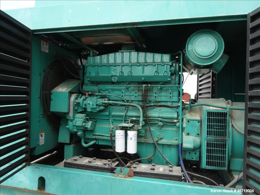 Used-Cummins 350 kW diesel generator model 350DFCC. Cummins NTA-855-G3 engine