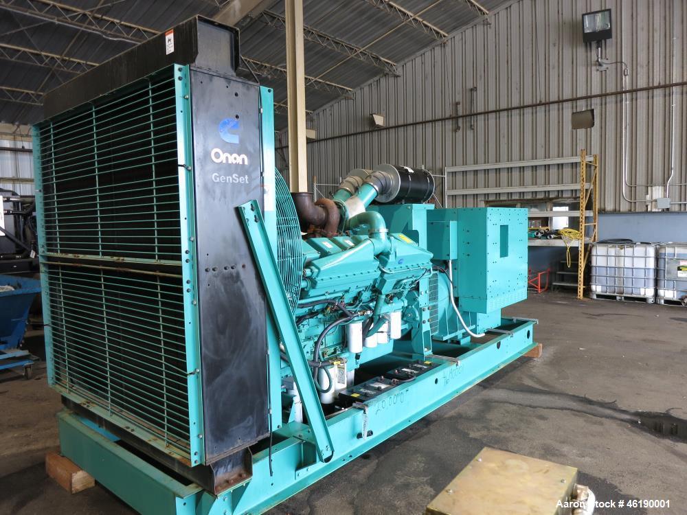 Used- Cummins 1000 kW Standby (900 kW prime) Diesel Generator Set