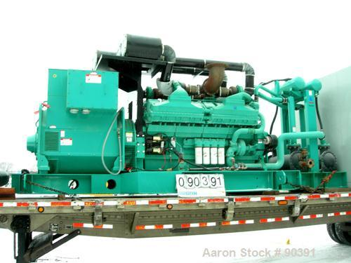 USED: Cummins/Onan 2000 kW standby rated diesel generator set, model 2000DQKC, serial #F000116085. 3/60/1386/2400V.   (Can p...