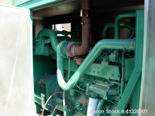 Used-Cummins 215 kW natural gas generator set. Cummins GTA855-GS/GC2 engine. 3/60/277/480V, main-line circuit breaker 1200 a...