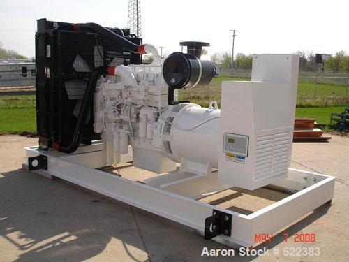 Unused-NEW Cummins powered 800 kW standby diesel generator set. Cummins QSK23-G7 EPA tier 2 engine engine rated 1220 HP @ 18...