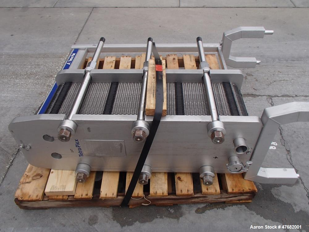 Used- Tetra-Pak Plate Heat Exchanger, Model C6-SR/SH. Plates with parallel flow. Design pressure: 300 PSI, liquid volume 12....