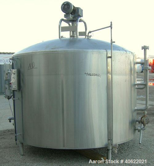 """Used-  DCI Kettle/processor, 1,500 Gallon, 304 stainless steel, vertical.  95 3/4"""" diameter x approx. 50 3/8"""" straight side...."""