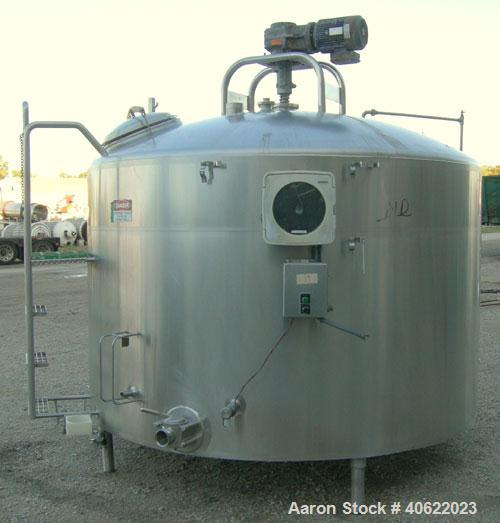 "Used-  DCI Kettle/Processor, 1,500 gallon, 304 stainless steel, vertical.  95 3/4"" diameter x approximate 50 3/8"" straight s..."