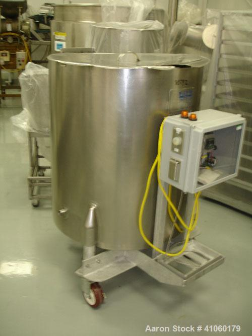 "Used- Will Flow Kettle, 100 Gallon. Stainless steel construction, 30"" diameter x 36"" straight side, open top, dish bottom, j..."