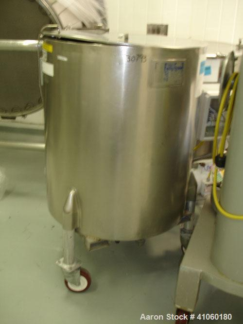 """Used- Will Flow Kettle, 100 Gallon. Stainless steel construction, 30"""" diameter x 36"""" straight side, open top, dish bottom, j..."""