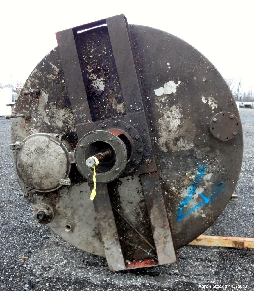"""Used- Chuck Gurdin Inc. Kettle, 3000 Gallon, 304 Stainless Steel, Vertical. Approximate 84"""" diameter x 118"""" straight side, f..."""