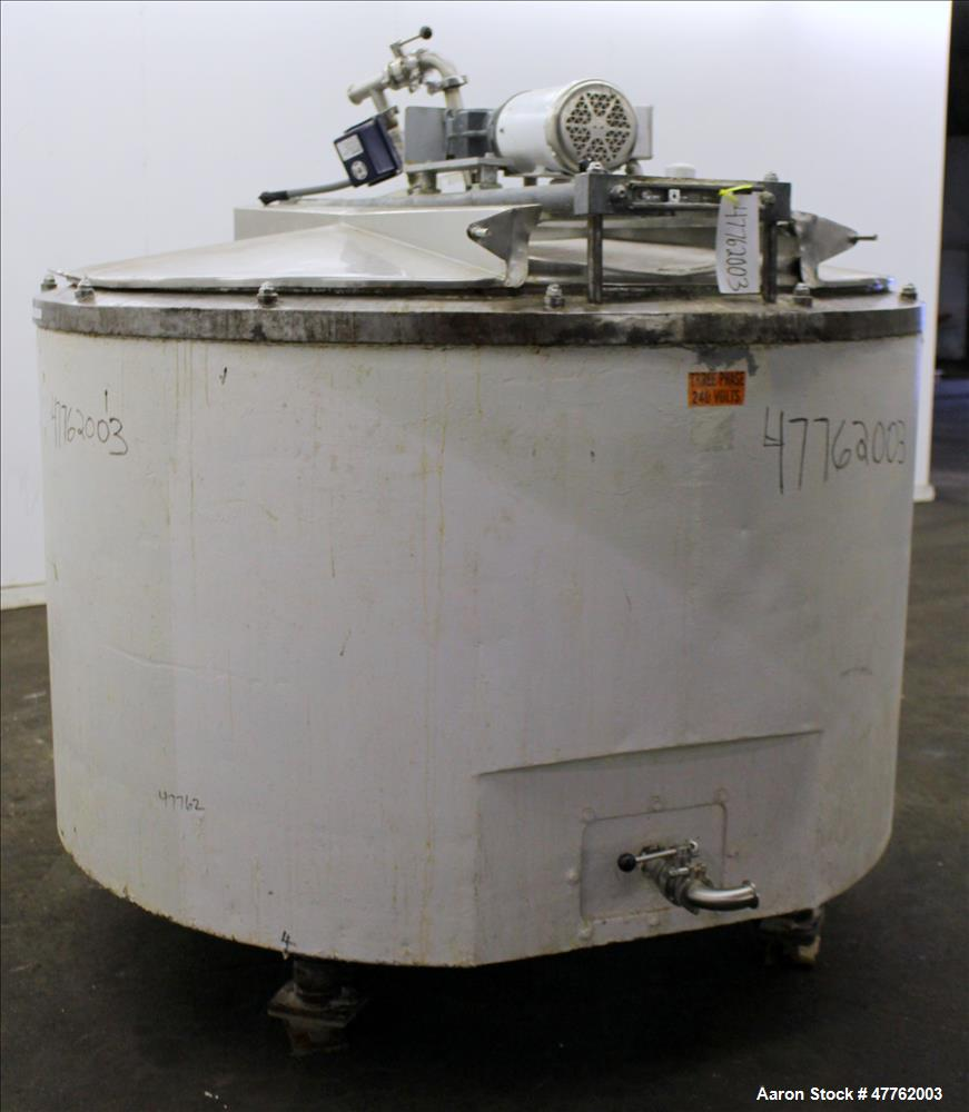 Used- Mix Kettle, Approximate 600 Gallon. 304 Stainless Steel, Vertical.