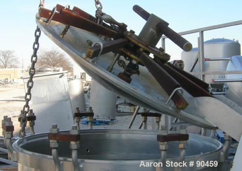 """Used: Groen blancher, approximately 150 gallon, 316 stainless steel. 40"""" diameter x 33"""" deep, inverted dished bolt on air op..."""