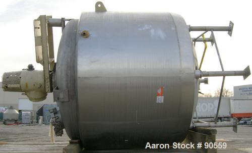 "USED: Kettle, 2000 gallon, 316 stainless steel, jacketed and insulated, vertical.  90"" diameter x 70"" straight side.  Dish t..."