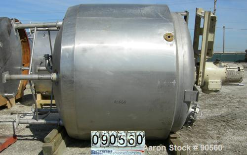"USED: Kettle  2000 gallon, 316 stainless steel, jacketed and insulated, vertical.  90"" diameter x 70"" straight side.  Dish t..."