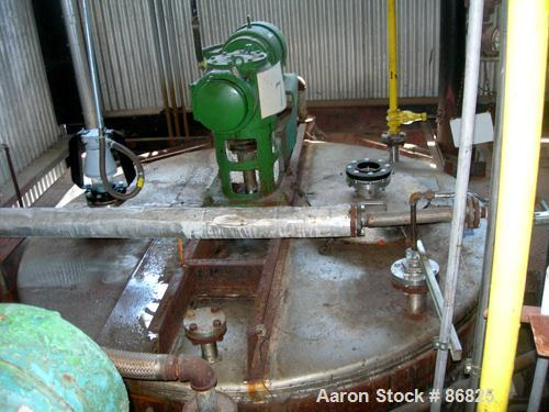"""USED: Alloy Fab kettle, 4,000 gallon, stainless steel, vertical. Approximate 96"""" diameter x 120"""" straight side, flat top, sl..."""