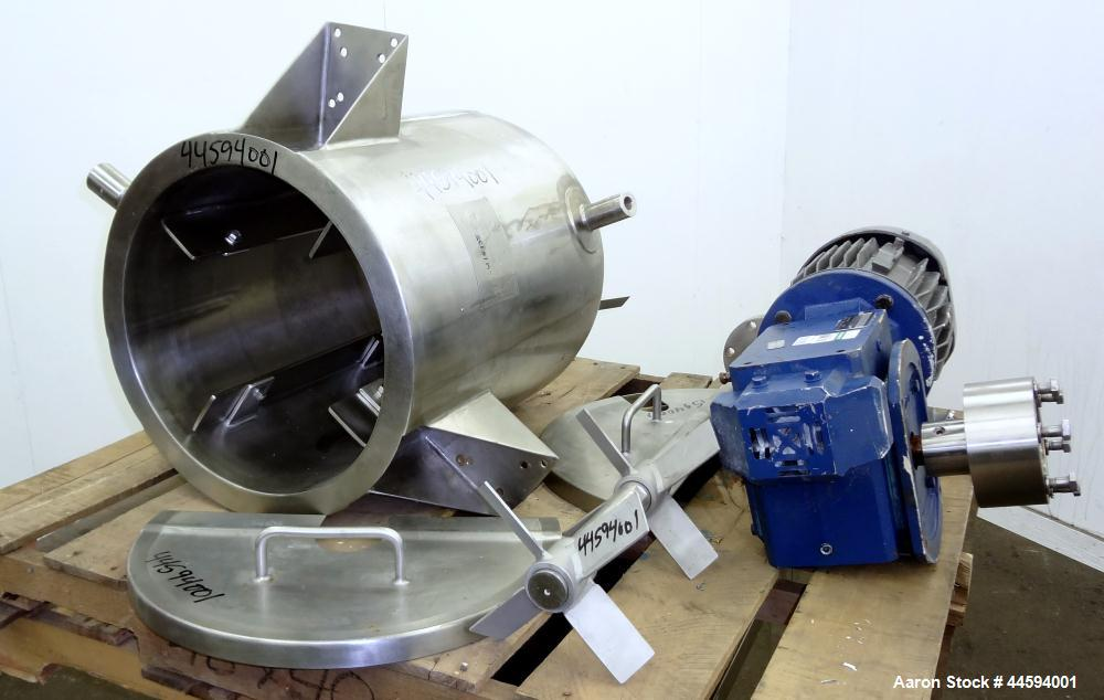 Used- 17 Gallon Stainless Steel Apache Stainless Equipment Kettle