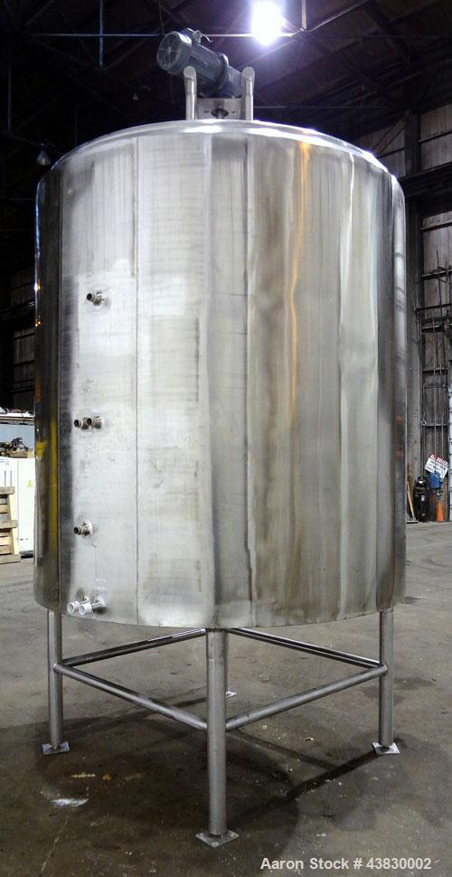 """Used- Befco Kettle, 2000 Gallon, 316 Stainless Steel, Vertical. Approximate 84"""" diameter x 84"""" straight side, dished top, sl..."""