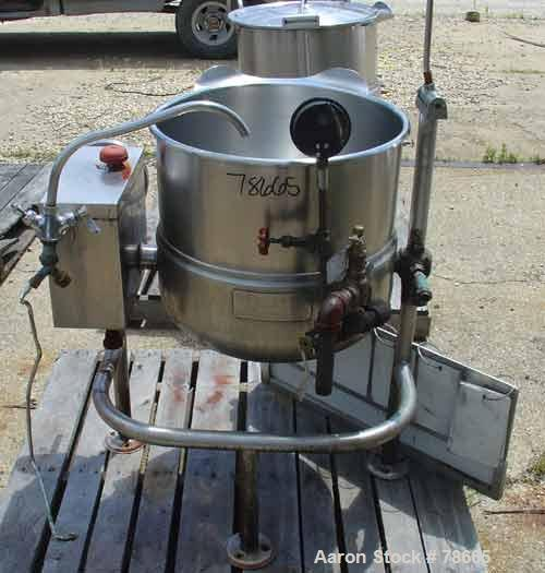 "USED: Cleveland kettle, 25 gallon, model KDL-25T, stainless steel,vertical. 21"" diameter x 21"" deep x jacketed hemi bottom, ..."