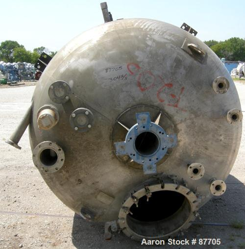 """Used- Continental Tank Company Kettle, 2300 Gallon, 304L Stainless Steel, Vertical. 84"""" Diameter x 84"""" straight side. Ellipt..."""