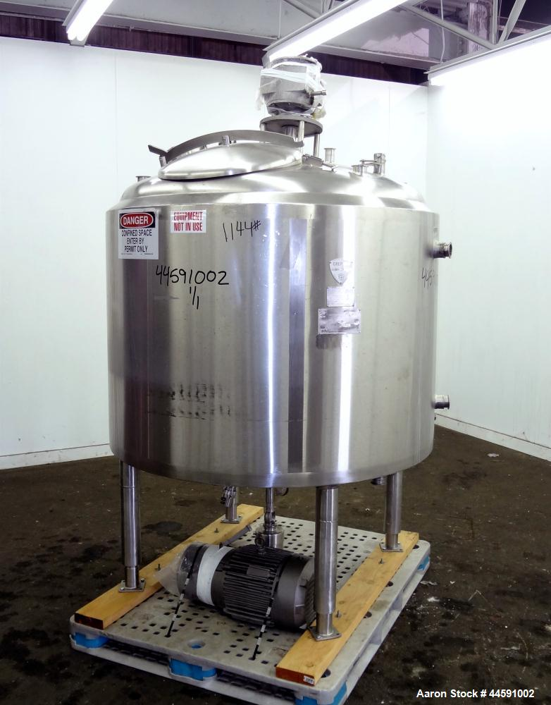 "Used- Crepaco Kettle, 300 Gallon, Model BIB, 304 Stainless Steel, Vertical. Approximately 50"" diameter x 36"" straight side, ..."