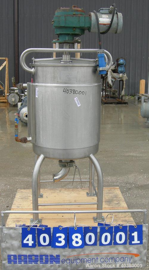 """Used- Crepaco kettle, approximately 60 gallon, 304 stainless steel, vertical.  24"""" diameter x 31"""" straight side.  Flat top w..."""