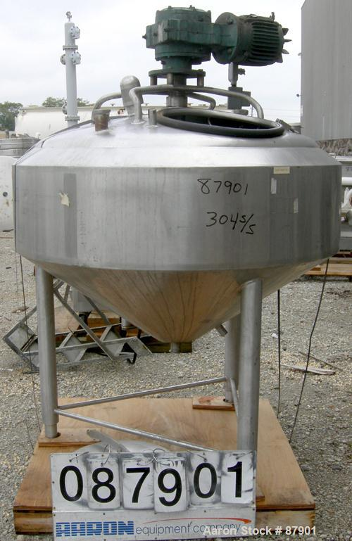 "USED: Crepaco Processor/Kettle, 150 gallon, 304 stainless steel, vertical. 52"" diameter x 16"" straight side. Dished top, 28""..."