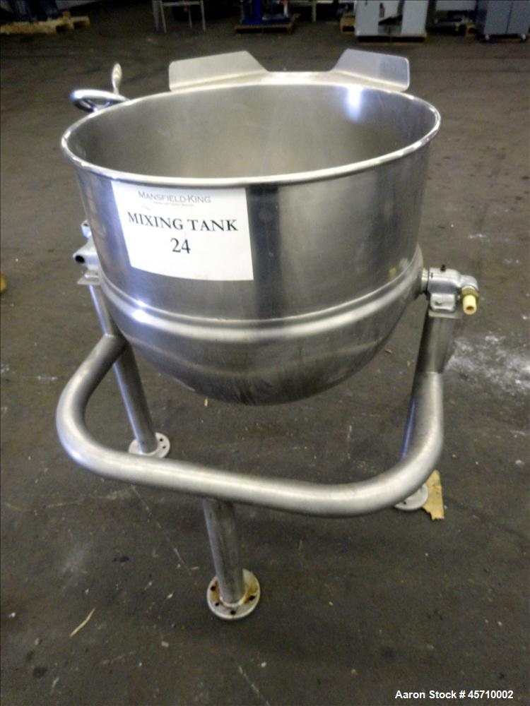 "Used- Groen Dover Tilting Kettle, 40 Gallons, Model D2T-40, 304 Stainless Steel. 25"" diameter x 9"" straight side and 22"" dee..."