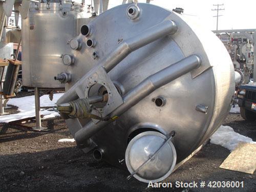 "Used- Feldmeier Twin Motion Kettle, 2000 gallon, 316L stainless steel. 92"" Diameter x 54"" straight side. Dish top, hemispher..."