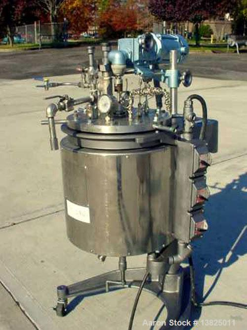 Used-Stainless steel vertical pressurized mixing tanks. Quantity (3) pilot plant tanks manufactured by G H Hicks & Sons (sub...