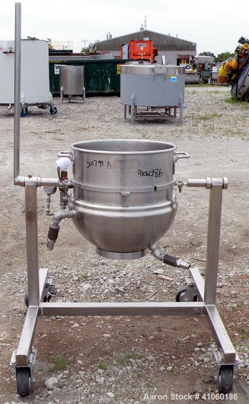 "Used- Groen Kettle, 15 Gallon, Model 60QT, 304 Stainless Steel. 18"" diameter x 16"" deep. Open top, no cover, jacketed hemisp..."