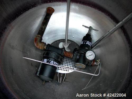 "Used-Groen Kettle, 80 Gallon, Model FT-80, 304 stainless steel, vertical. 31-1/2"" diameter x 28"" deep. Jacketed hemi bottom,..."