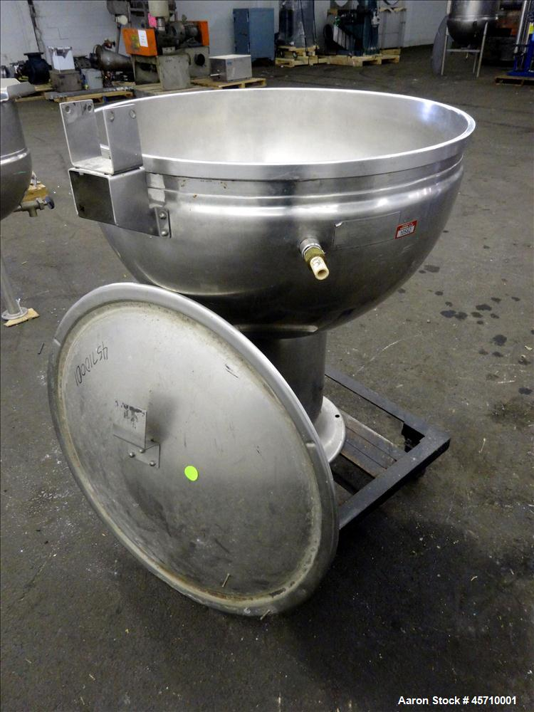 "Used- Groen Pedestal Mounted Kettle, 40 Gallon, Model GPT-40, 304 Stainless Steel, Vertical. 32"" Diameter x 19"" deep. Jacket..."