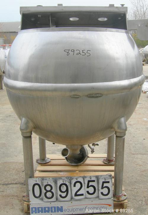 "USED: Groen inclined agitated kettle, 250 gallon, model INA/TA250, 316 stainless steel, vertical. Approximate 54"" middle dia..."