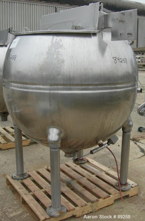 "USED: Groen inclined agitated kettle, 250 gallon, model INA/TA250, 316 stainless steel, vertical. Approximately 54"" middle d..."