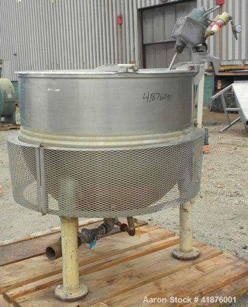"Used- Groen Kettle, 150 Gallon, Model N150SP, 304 Stainless Steel, Vertical. 42"" diameter x approximately 33"" deep, flat top..."