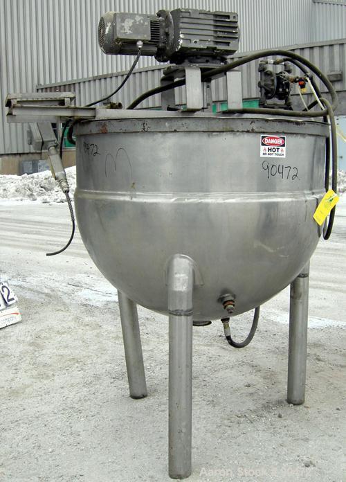 "USED: Groen kettle, 200 gallon, model N200, 304 stainless steel, vertical. Approximate 50"" diameter x 35"" deep x jacketed he..."