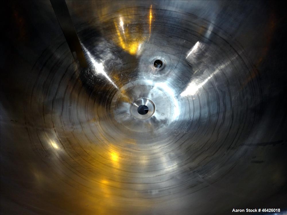 """Used- Groen Kettle, 200 Gallon, Model TA 200 SP, 316 Stainless Steel. Approximately 48"""" diameter x 35"""" deep. Open top, jacke..."""