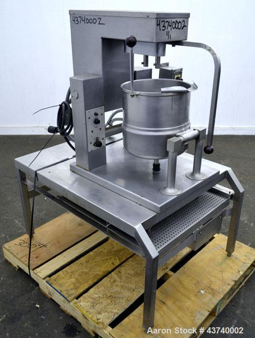 "Used- Groen Double Motion Table Top Steam Jacket Kettle, 20 Quart (5 Gallon), Model TDC/3-20, 304 Stainless Steel.  12"" Diam..."