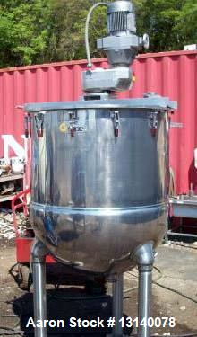 "Used- Groen 125 Gallon, 304 Stainless Steel, Jacketed Single Motion Kettle. 38"" diameter x 41"" deep. Top has loose fitting c..."