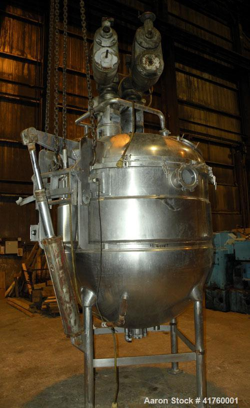 "Used- Hamilton Dual Motion Vacuum Kettle, 600 Gallon, Style SPECIAL, 316 Stainless Steel, Vertical. Approximately 66"" diamet..."