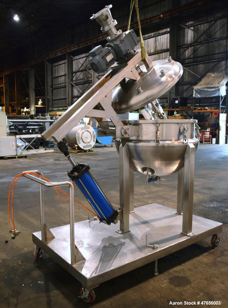 """Used- Jhen Ten Machinery Dual Agitated Kettle, 270 Liter (71.3 Gallon), 316 Stainless Steel. Approximate 35"""" diameter x 25"""" ..."""