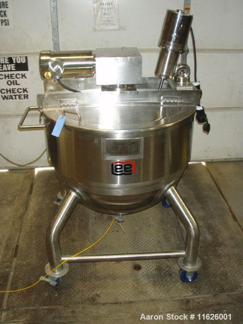 Used-Lee D7S 100 gallon, 316 stainless steel jacketed, kettle with agitation. Stainless steel jacketed kettle rated at 40 ps...
