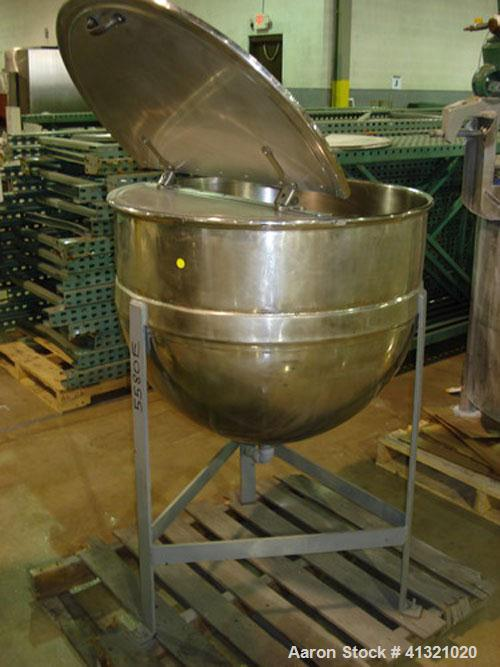 Used- Lee Kettle, 50 Gallon, Stainless Steel. Approximately 26'' diameter x 22'' deep, open top with a 2/3 hinged cover, jac...