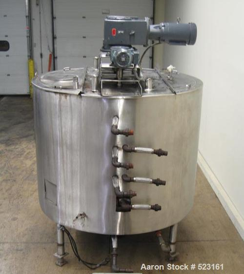 "USED: Lee 1100 gallon, 304 stainless steel, jacketed mixing tank. 76"" diameter x 56"" straight wall, bridge mounted side and ..."